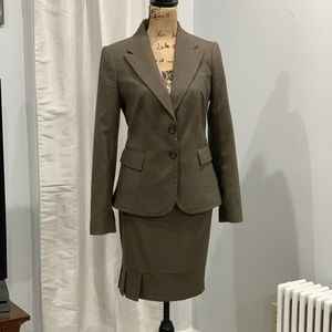 The Limited skirt suit size 6